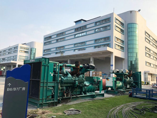 邯郸某电子厂出租两台800KW康明斯发电机